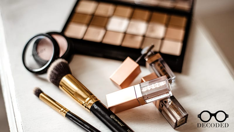 A Natural and Easy Way To Clean Your Makeup Brushes